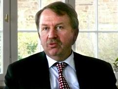 Helmut Rau
